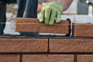 How to Lay Bricks – A Four Step Guide to Lay Bricks with Mortar